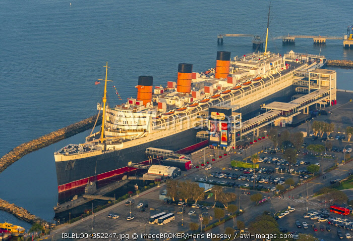 RMS Queen Mary Ocean Liner Hotel, Queen Mary Hotel in Long Beach Harbor, Long Beach, Los Angeles County, California, USA, North America