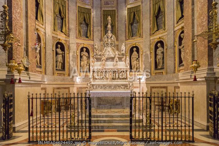 Tomb of Saint Domenico, Basilica of San Domenico, Bologna, Emilia-Romagna, Italy, Europe