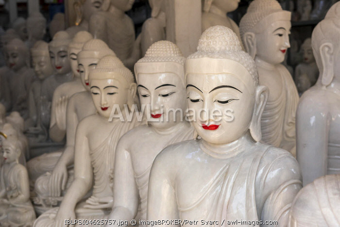 Buddha statue workshop near Shwedagon Paya in Yangon, Myanmar, Burma, Asia