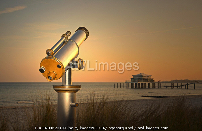 Telescope at Timmendorfer Strand, Teehaus auf Seebrücke at sunrise, Baltic Sea, Schleswig-Holstein, Germany, Europe