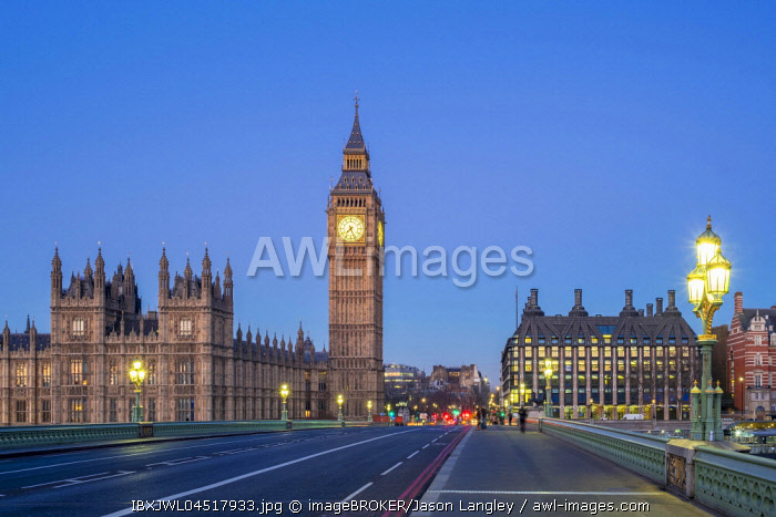 Big Ben and Westminster Palace at dawn, Westminster Bridge, London, England, United Kingdom, Europe