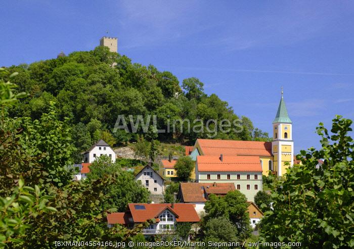 Church of St. Sebastian and castle Falkenstein, Falkenstein, Bavarian Forest, Upper Palatinate, Bavaria, Germany, Europe
