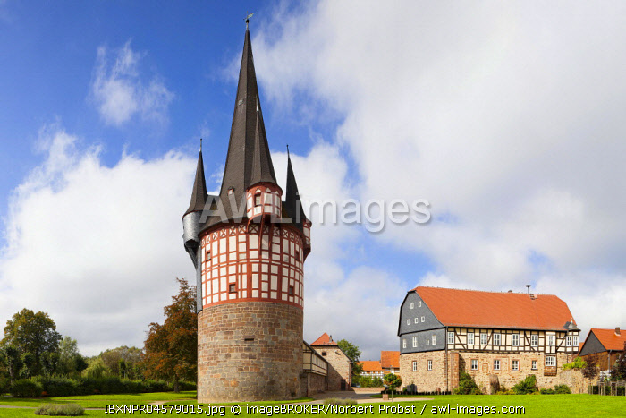 Junker-Hansen-Tower, fortified defence tower with castle Dörnberg, largest half-timbered circular building in the world, Neustadt, Hesse, Germany, Europe