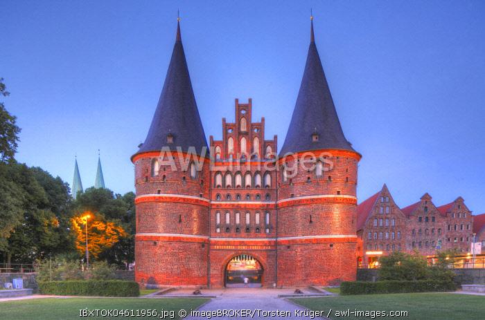 Holstentor at dusk,, Luebeck, Schleswig-Holstein, Germany, Europe
