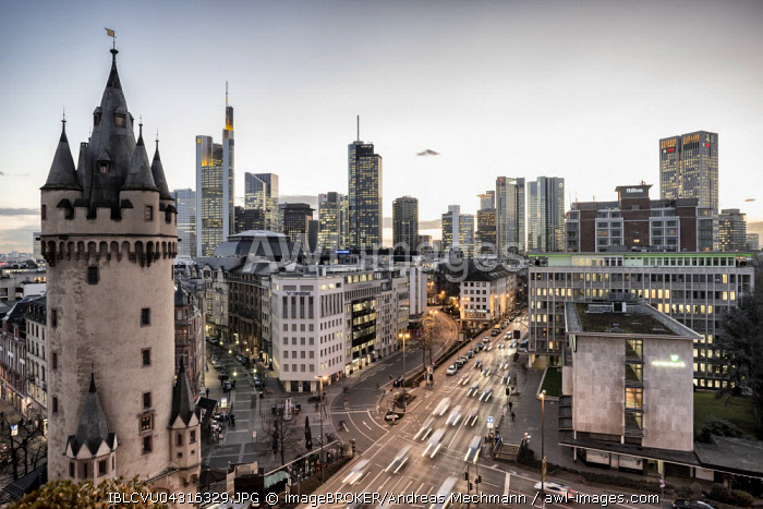 Skyline with Eschenheimer Turm city gate, Frankfurt, Hesse, Germany, Europe
