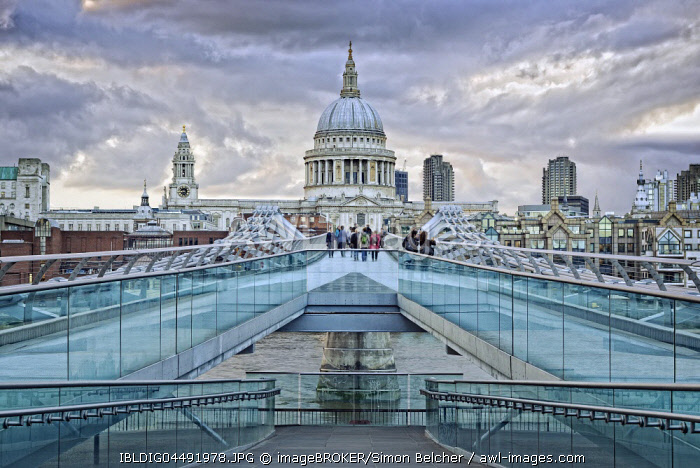 Millennium Bridge and St Pauls Cathedral, London, United Kingdom, Europe