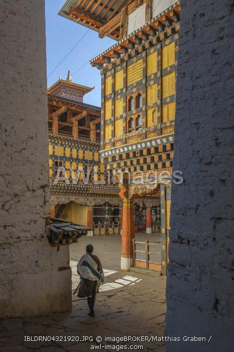 Dzong or Fortress of Paro, also known as Rinpung Dzong, Paro District, Himalayas, Bhutan, Asia