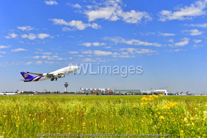 Aircraft takeoff, Thai Airways, Boeing B 747, southern runway, behind Tower, Airport Munich, Munich, Bavaria, Germany, Europe