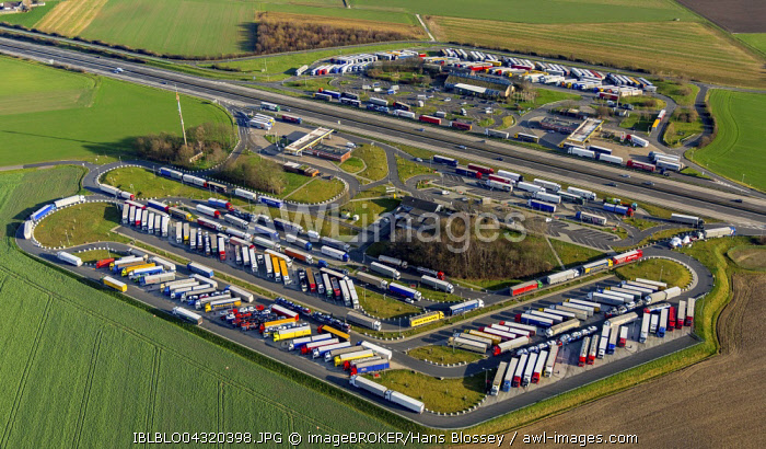 Aerial view, Aachener Land motorway service area with full parking lot, trucks parking, herringbone, Eschweiler, Rhineland, North Rhine-Westphalia, Germany, Europe