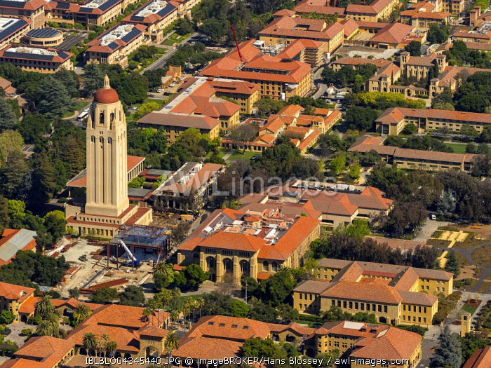 University Campus Stanford University with Hoover Tower, Palo Alto, California, Silicon Valley, California, USA, North America