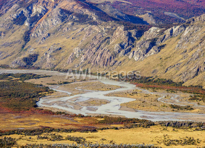 Las Vueltas River, elevated view, Los Glaciares National Park, Santa Cruz Province, Patagonia, Argentina