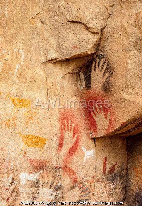 Cueva de las Manos, UNESCO World Heritage Site, Rio Pinturas Canyon, Santa Cruz Province, Patagonia, Argentina