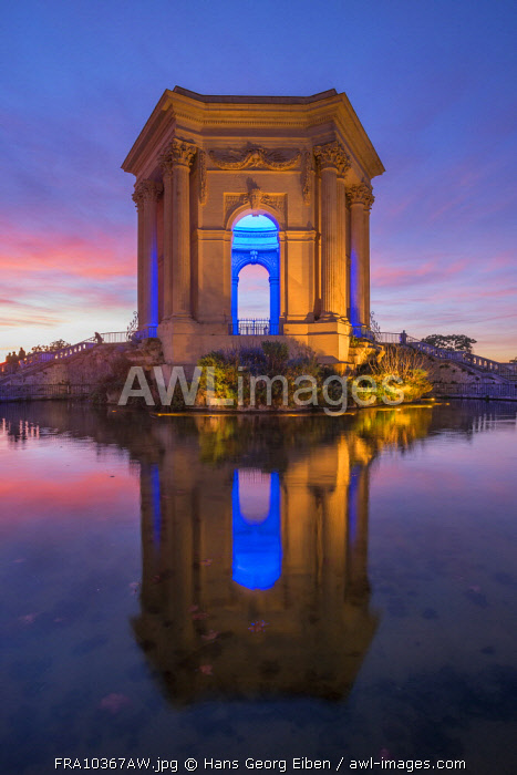 17th century water tower at Peyrou place at dusk, Montpellier, Languedoc-Roussillon, France