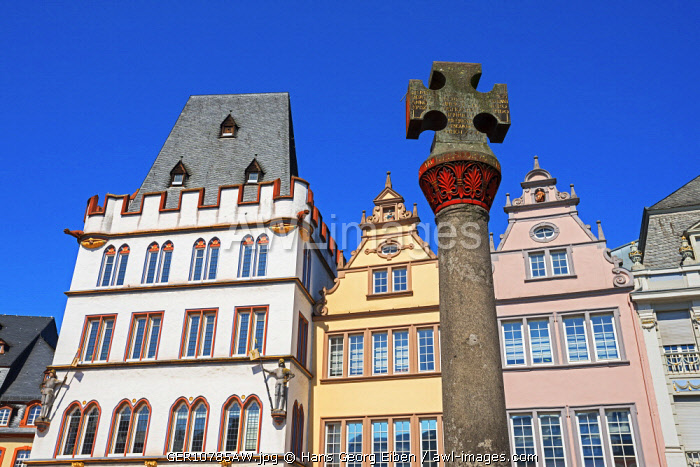Market cross with Steipe at Hauptmarkt, Trier, Rhineland-Palatinate, Germany