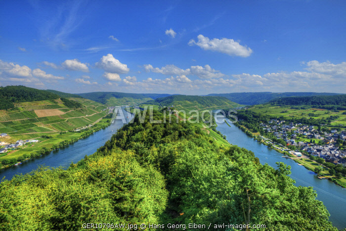River Mosel with Pünderich, former cloister Marienburg and Zell, Rhineland-Palatinate, Germany