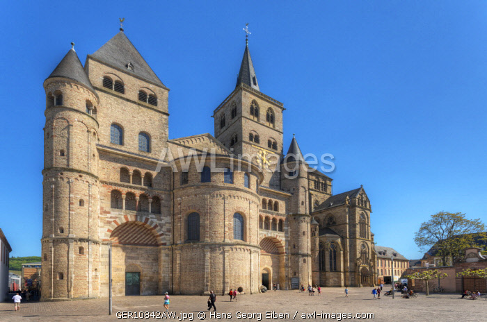 St. Peters Cathedral with Liebfrauenkirche, UNESCO World Heritage Site, Trier, Rhineland-Palatinate, Germany