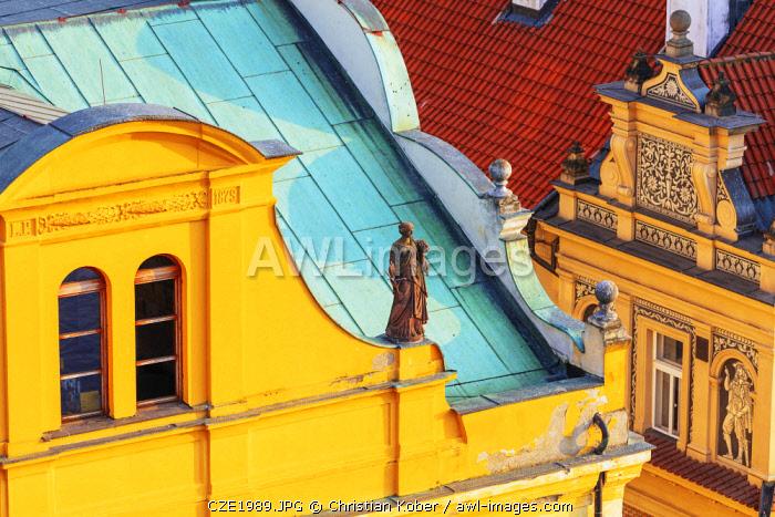 Europe, Czech Republic, Bohemia, Prague, Unesco site, statue on an old town building