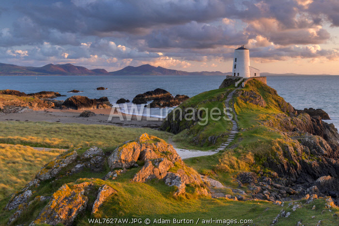 Twr Mawr ligthouse on Llanddwyn Island at sunset, Anglesey, North Wales. Autumn (September) 2017.