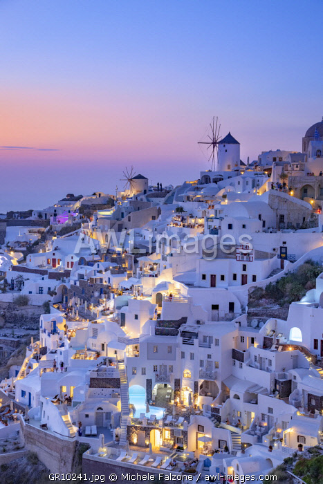 awl-images.com - Greece / Greece, Cyclades Islands, Santorini (Thira), Ia (Oia) and Santorini Caldera