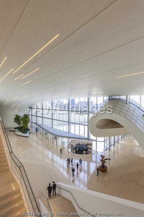 Azerbaijan, Baku, Heydar Aliyev Cultural Center, building designed by Zaha Hadid withg visitors