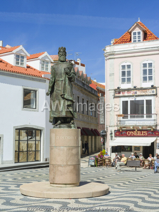 City of Cascais, a famous spa and resort at the coast of the Atlantic ocean, north of Lisbon. The old town with a sculpture of Dom Pedro I, king of Portugal. Southern Europe, Portugal