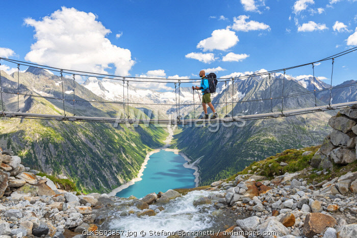 awl-images.com - Austria / Olperer bridge in Zillertal Europe, Austria, Zillertal (MR)