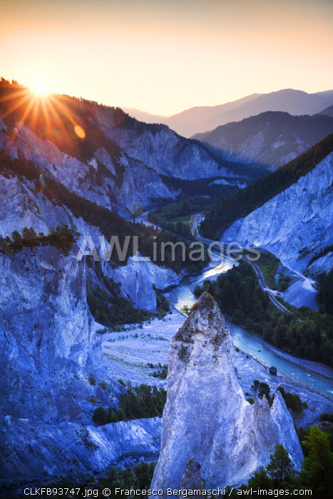 awl-images.com - Switzerland / Sunrise from above at Rhine Gorge(Ruinaulta), Flims, District of Imboden, Canton of Grisons, Switzerland, Europe
