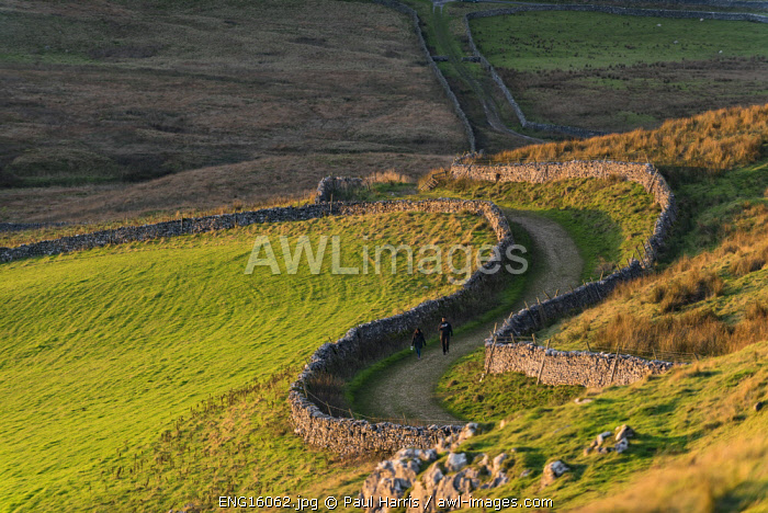 awl-images.com - England / Walking, Thornton in Lonsdale, Yorkshire Dales National Park