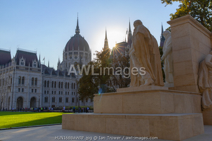 Hungarian Parliament Building and Kossuth Monument, Budapest, Hungary