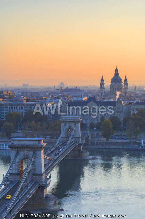 Chain Bridge (Szechenyi Bridge) and St Stephen's Basilica at sunrise, Budapest, Hungary