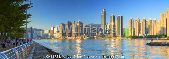 Tsing Yi Promenade and skyline of Tsuen Wan with Nina Tower, Tsuen Wan, Hong Kong, China
