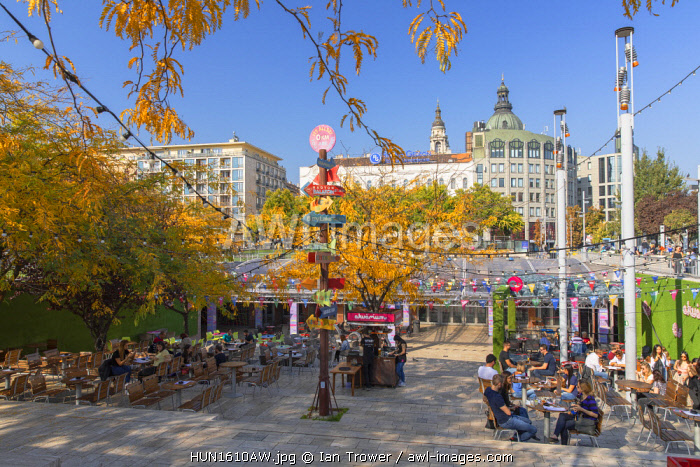 Outdoor cafe in Erzsebet Park, Budapest, Hungary