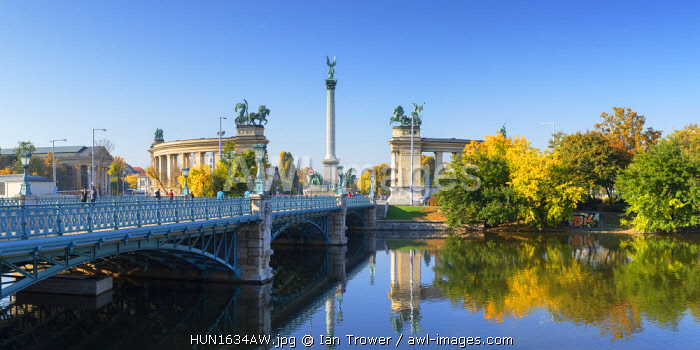 awl-images.com - Hungary / Heroes' Square in City Park, Budapest, Hungary