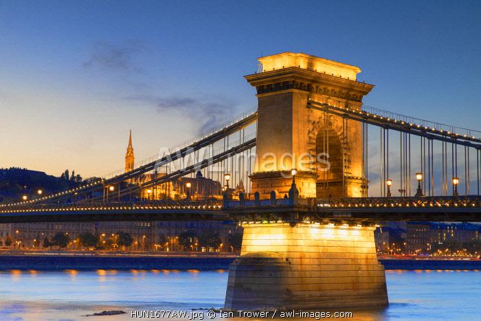 Chain Bridge (Szechenyi Bridge) at sunset, Budapest, Hungary