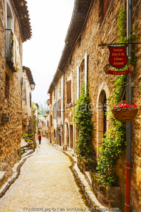 France, Occitanie, Saint Guilhem le Desert. Streets in the anceint village of Saint Guilhem le Desert. Unesco.