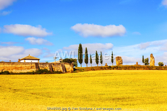 Spain, Navarre, Cirauqui. Pictoresque environs on the Camino Frances just after Puenta La Reina where the several routes meet to continue towards Santaigo de Compostela towards the village of Cirauqui