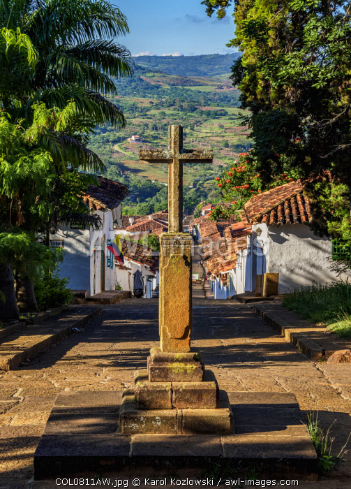 awl-images.com - Colombia / Cross in front of the Santa Barbara Chapel, Barichara, Santander Department, Colombia