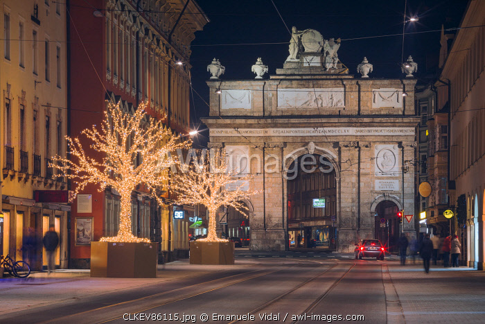 The Triumphal Arch of Innsbruck with the christmas lights, Tyrol, Austria, Europe