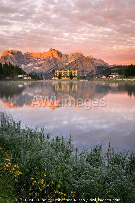 Misurina lake at sunrise, Misurina, Auronzo di Cadore, Belluno, Veneto, Italy