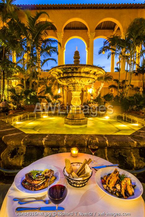 USA, Coral  Gables, Florida. Dining at Fontana Restaurant at the Biltmore Hotel.