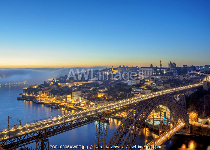 Dom Luis I Bridge at dusk, elevated view, Porto, Portugal