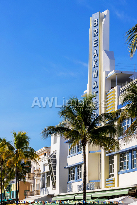USA, Florida, Miami, Art Deco style hotels in South Beach.