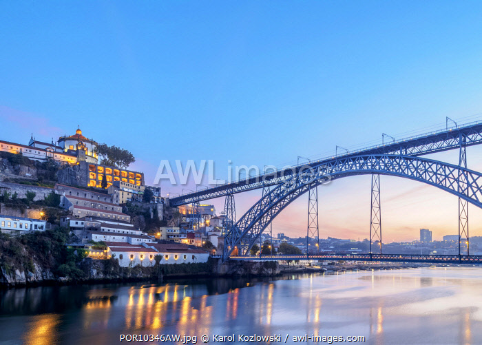 Dom Luis I Bridge at dusk, Vila Nova de Gaia, Porto, Portugal