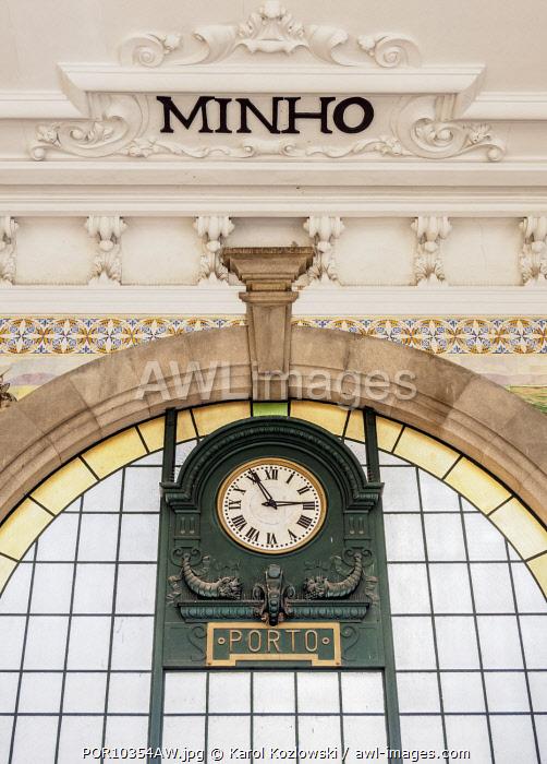 Sao Bento Train Station, interior, Porto, Portugal