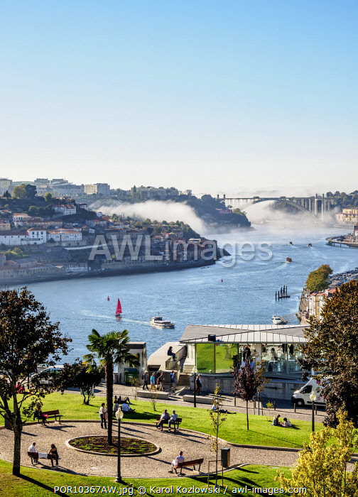 View over Jardim do Morro towards Douro River, Vila Nova de Gaia, Porto, Portugal