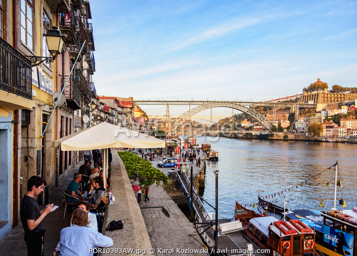 Cais da Estiva, Douro River and Dom Luis I Bridge, Porto, Portugal