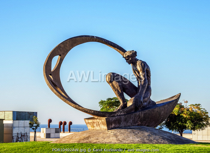 Sculpture in Albufeira, Algarve, Portugal