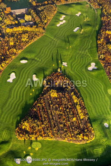 Golf and More Duisburg, golf course, at Remberger See lake, aerial view, Huckingen, Duisburg, Ruhr area, North Rhine-Westphalia, Germany, Europe