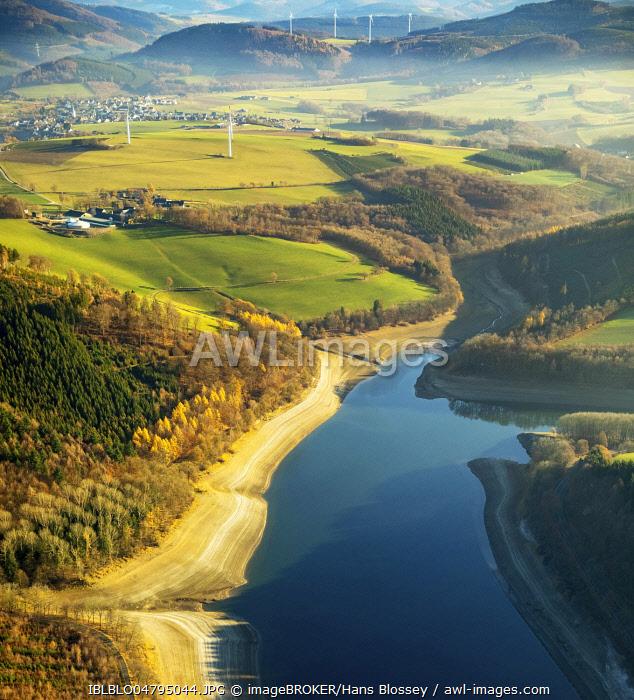 Aerial view, Hennetalsperre, reservoir at low water, water shortage, drought, Meschede, Sauerland-Rothaargebirge nature park Park, Sauerland, North Rhine-Westphalia, Germany, Europe
