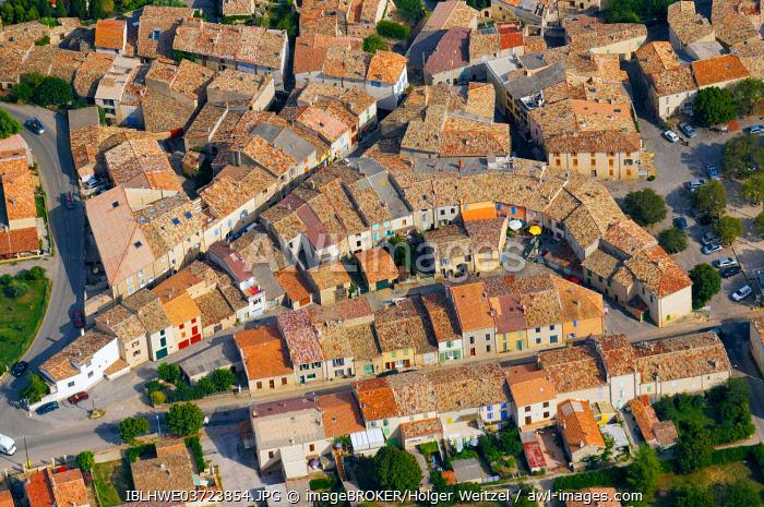 Aerial view of Puimoisson, Puimoisson, Département Alpes-de-Haute-Provence, Region Provence-Alpes-Côte d'Azur, France, Europe